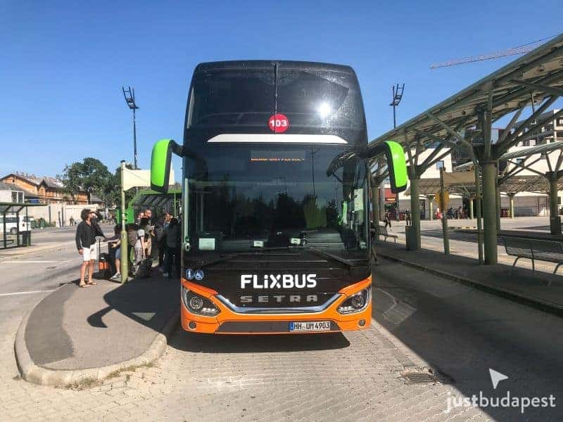 From Budapest to Prague by bus