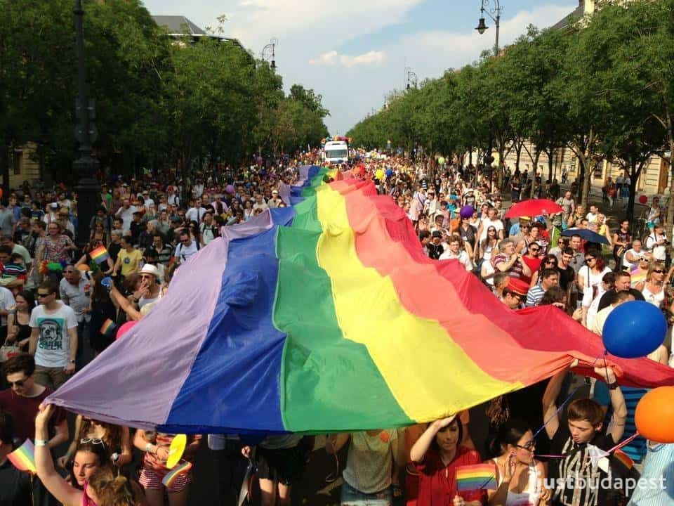 Budapest Pride – Love is love.